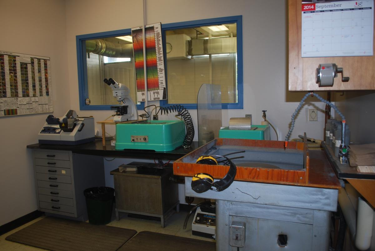 Thin Section Room
